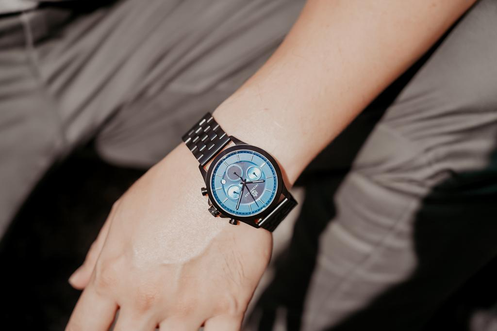 上班族男錶推薦 New York Incredibles三眼錶不鏽鋼黑錶帶 質感好搭又好看12.jpg