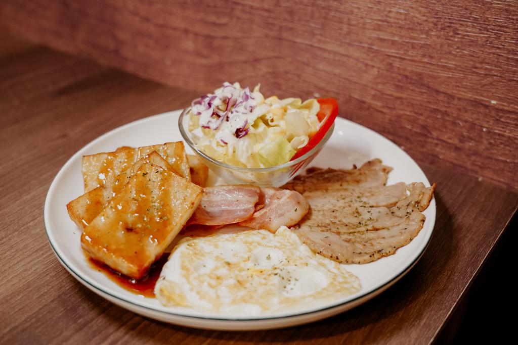 麥味登 屏東東港中山店 享受平價美味的早午餐 今天吃什麼APP14.jpg