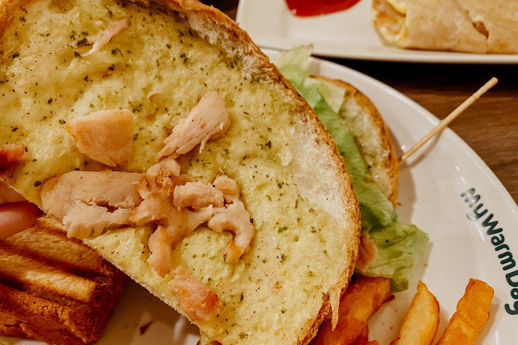 麥味登 屏東東港中山店 享受平價美味的早午餐 今天吃什麼APP23A.jpg