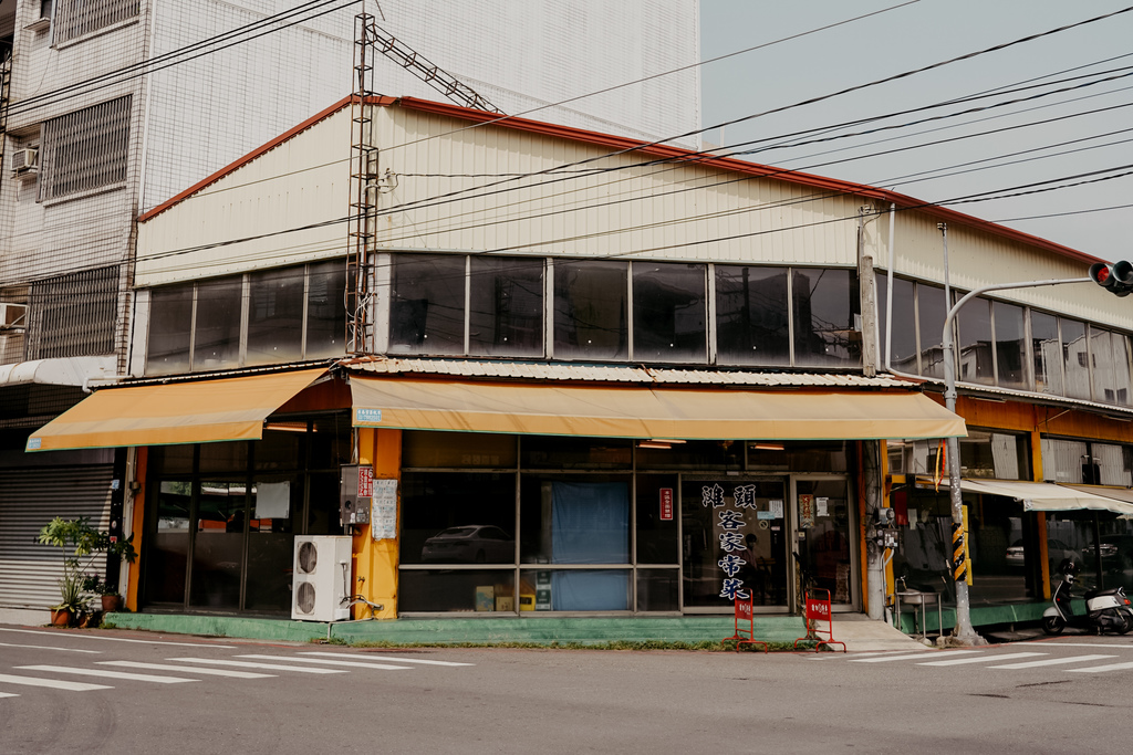 潮州美食 灘頭客家常菜 屏東潮州在地的好味道 滷豬腳、薑絲大腸、紅燒豆腐必點1.jpg