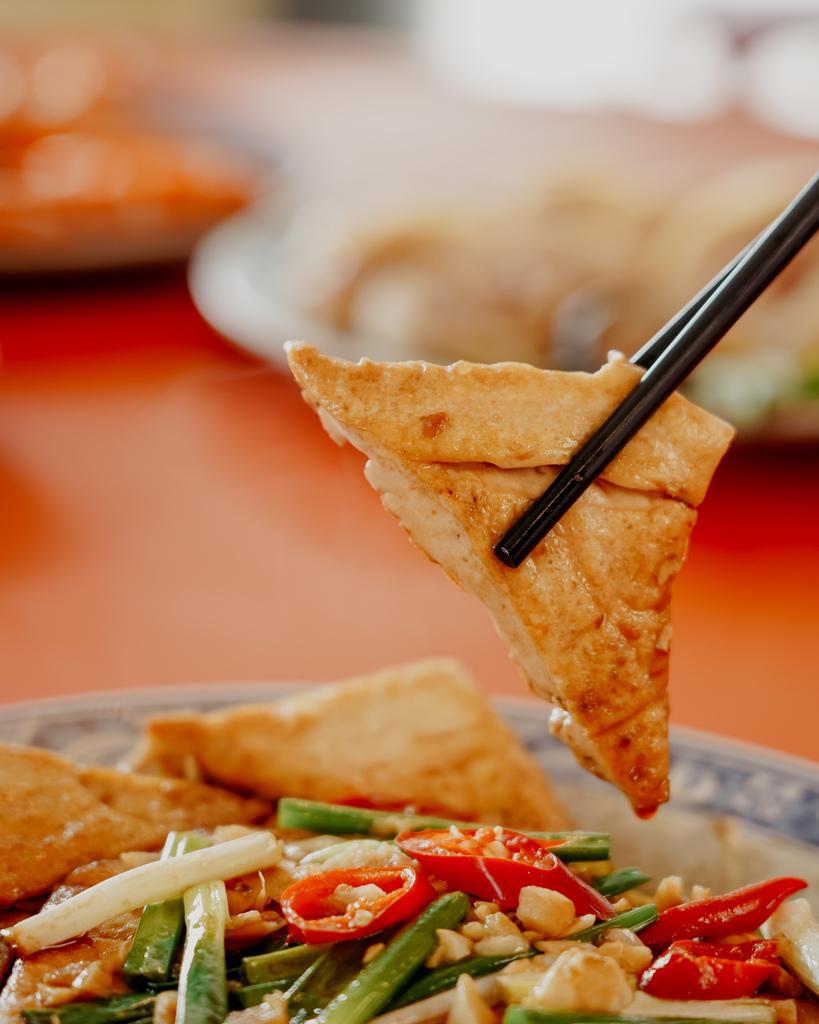 潮州美食 灘頭客家常菜 屏東潮州在地的好味道 滷豬腳、薑絲大腸、紅燒豆腐必點27.jpg