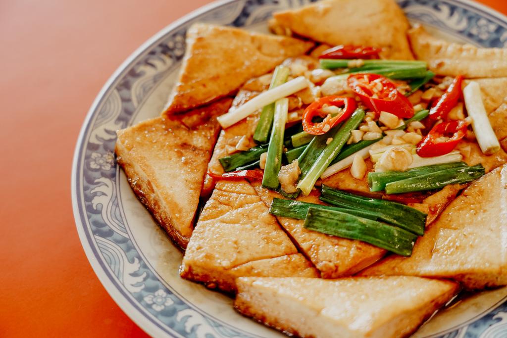 潮州美食 灘頭客家常菜 屏東潮州在地的好味道 滷豬腳、薑絲大腸、紅燒豆腐必點26.jpg