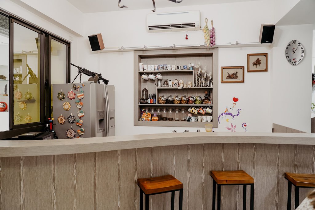 屏東特色咖啡店 槍與咖啡 義大利麵 中式簡餐 咖啡甜點 生存遊戲迷必來~店貓也超可愛7.jpg