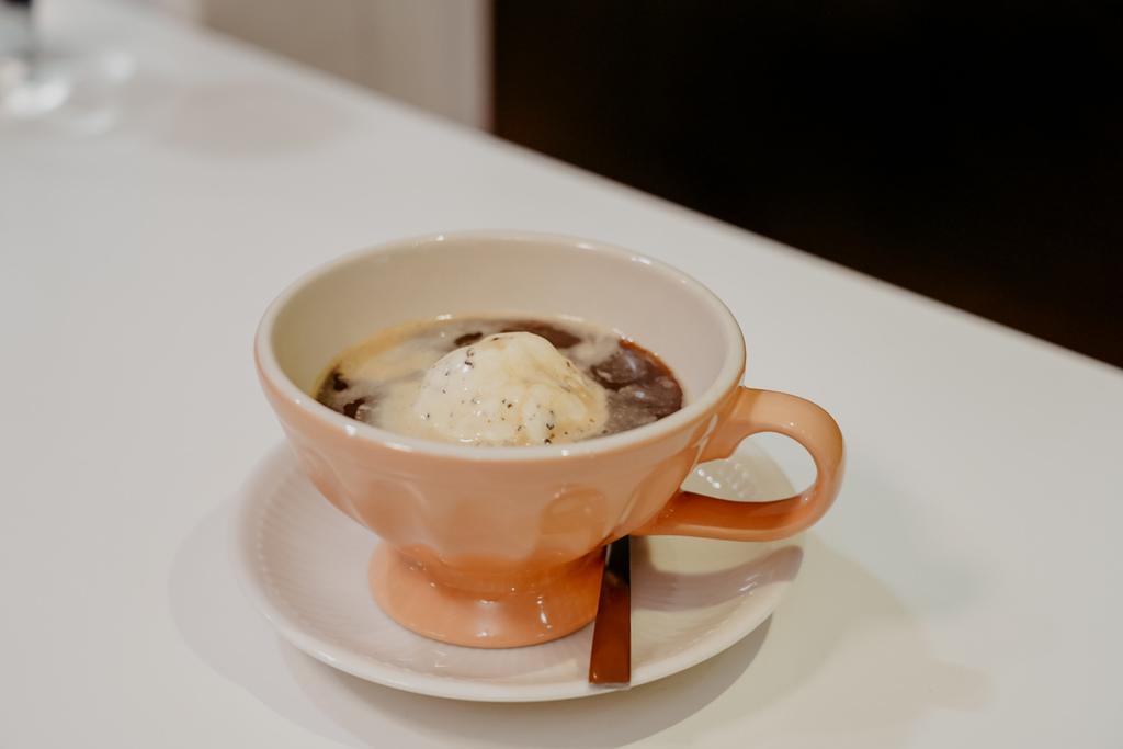 屏東特色咖啡店 槍與咖啡 義大利麵 中式簡餐 咖啡甜點 生存遊戲迷必來~店貓也超可愛41.jpg