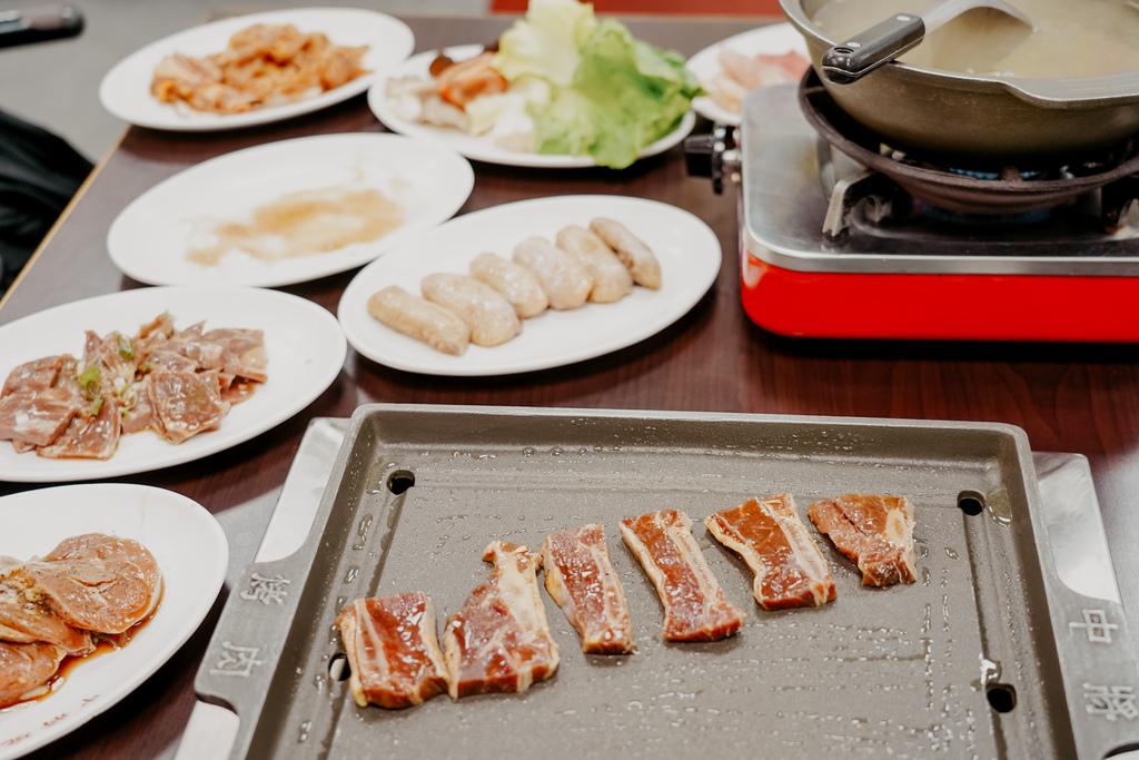 高雄鼓山區 中將燒肉屋-總店 享受當鐵板燒大廚的樂趣 火烤兩吃自助吃到飽28.JPG