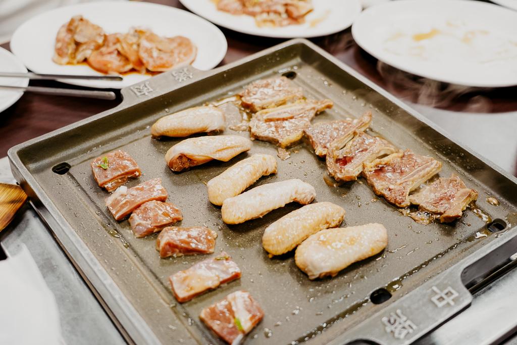 高雄鼓山區 中將燒肉屋-總店 享受當鐵板燒大廚的樂趣 火烤兩吃自助吃到飽33.JPG