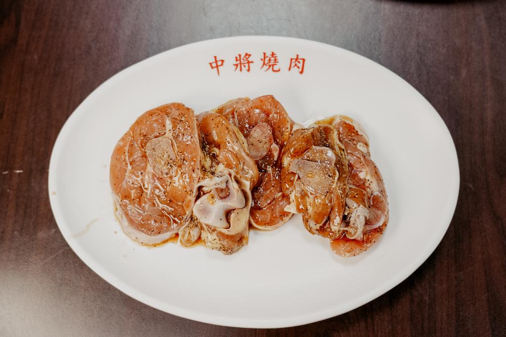 高雄鼓山區 中將燒肉屋-總店 享受當鐵板燒大廚的樂趣 火烤兩吃自助吃到飽37.jpg