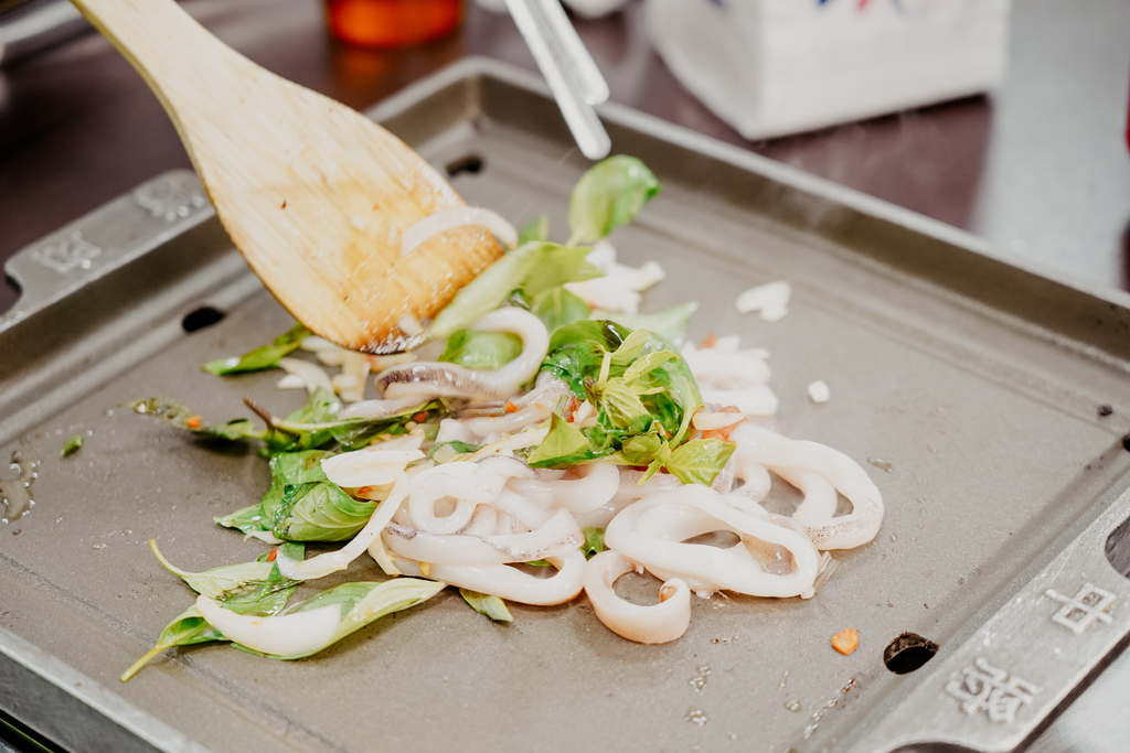 高雄鼓山區 中將燒肉屋-總店 享受當鐵板燒大廚的樂趣 火烤兩吃自助吃到飽47.JPG