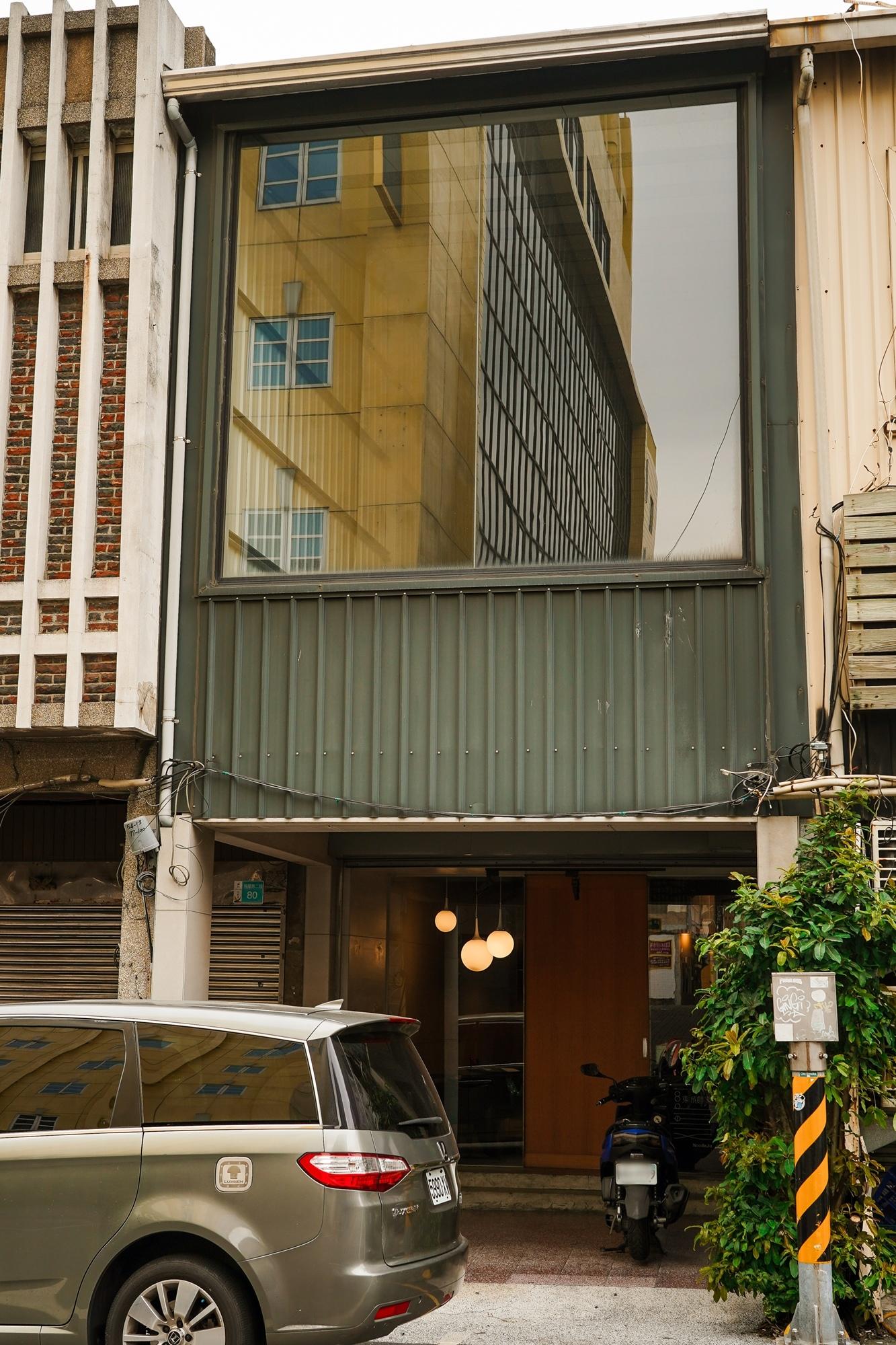 台南中西區美食 東城麵家 結合hiphop與街頭文化的潮流麵店1.jpg