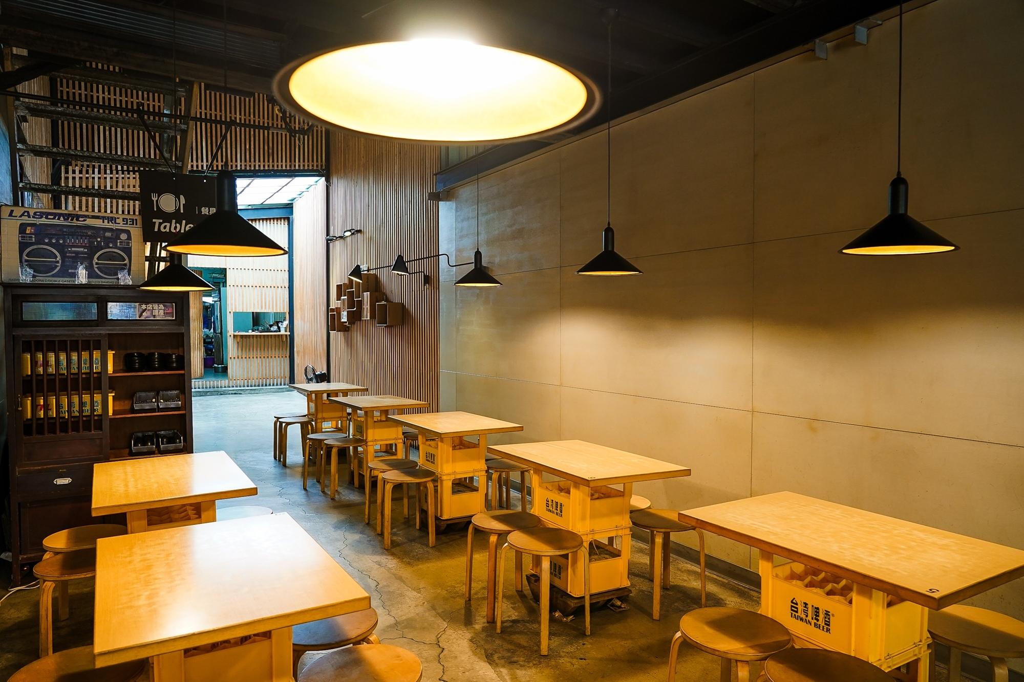 台南中西區美食 東城麵家 結合hiphop與街頭文化的潮流麵店5.jpg
