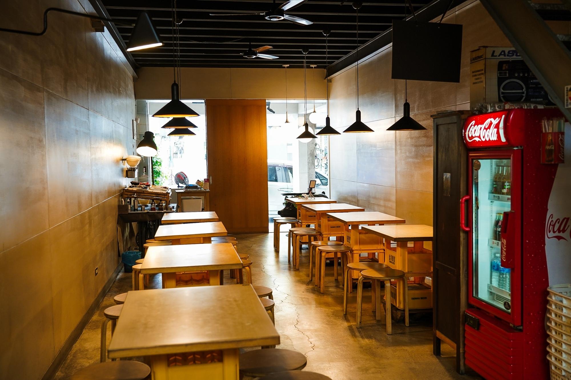 台南中西區美食 東城麵家 結合hiphop與街頭文化的潮流麵店6.jpg
