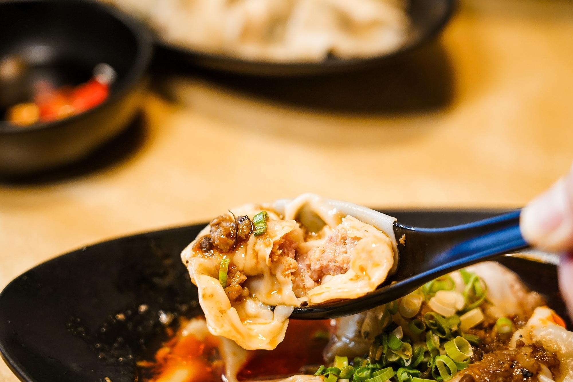 台南中西區美食 東城麵家 結合hiphop與街頭文化的潮流麵店36.jpg