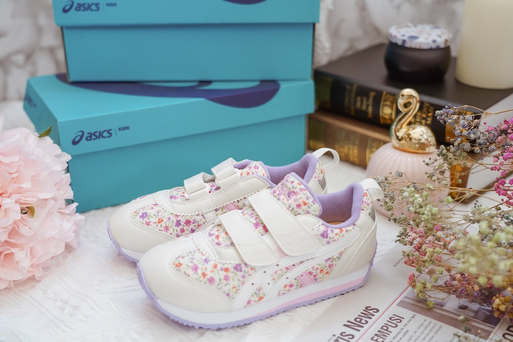ASICS亞瑟士童鞋 穿搭LOOKBOOK 時尚外型又好穿 適合學齡前兒童12.jpg