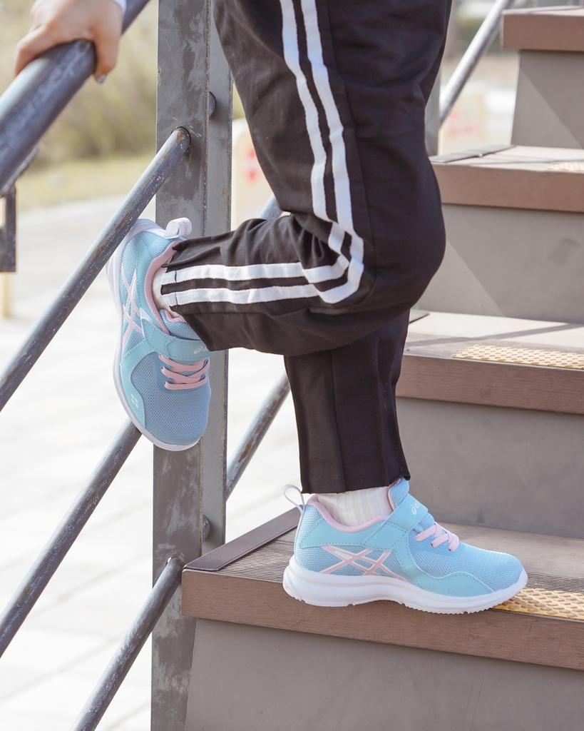 ASICS亞瑟士童鞋 穿搭LOOKBOOK 時尚外型又好穿 適合學齡前兒童43.jpg