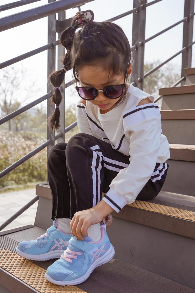 ASICS亞瑟士童鞋 穿搭LOOKBOOK 時尚外型又好穿 適合學齡前兒童45.jpg