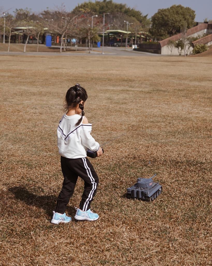 ASICS亞瑟士童鞋 穿搭LOOKBOOK 時尚外型又好穿 適合學齡前兒童47.jpg
