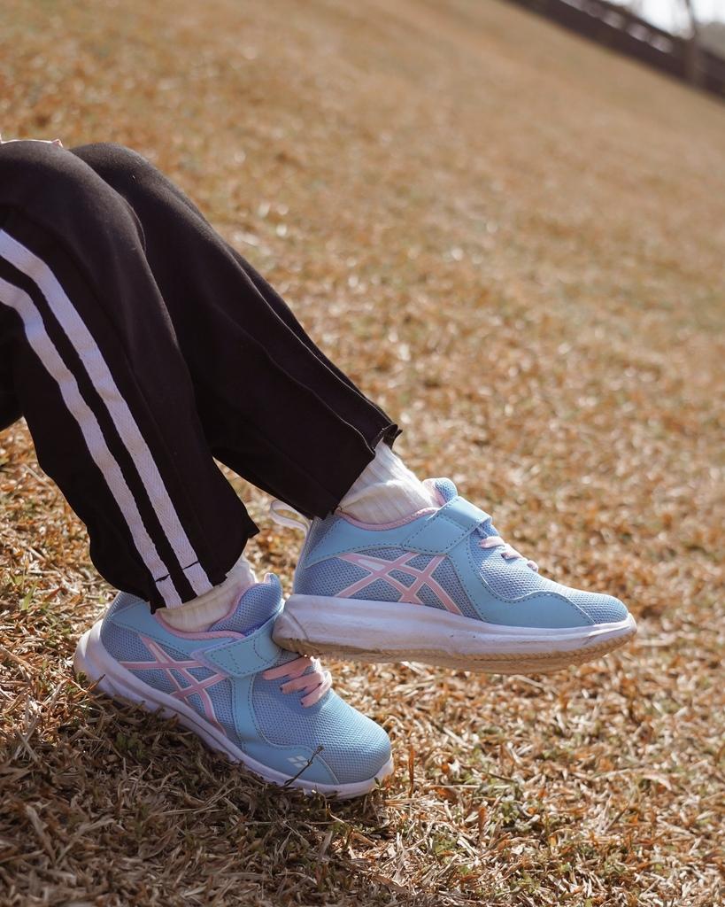 ASICS亞瑟士童鞋 穿搭LOOKBOOK 時尚外型又好穿 適合學齡前兒童52.jpg