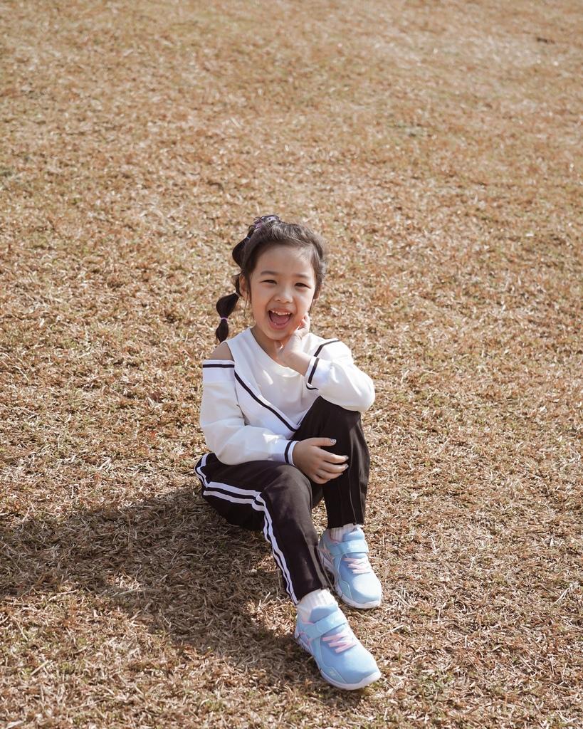 ASICS亞瑟士童鞋 穿搭LOOKBOOK 時尚外型又好穿 適合學齡前兒童51.jpg