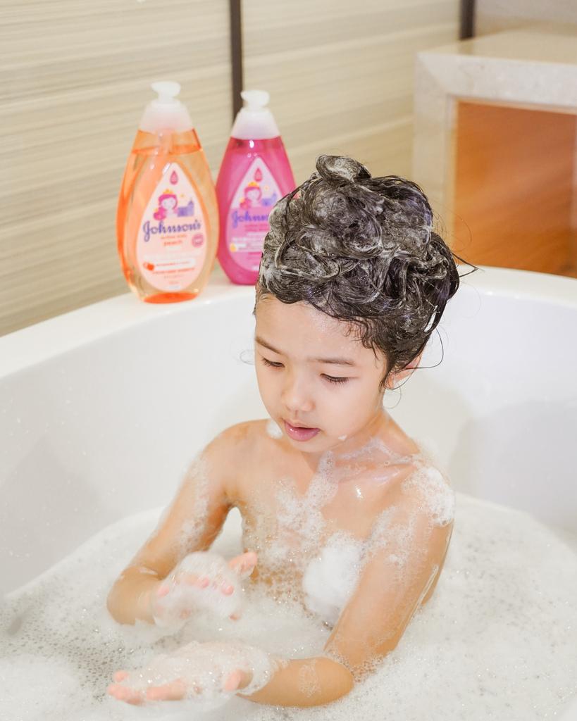 嬌生嬰兒公主沐浴露 新登場 大寶貝的洗澡好朋友 嬌生嬰兒蜜桃水嫩沐浴露9.jpg