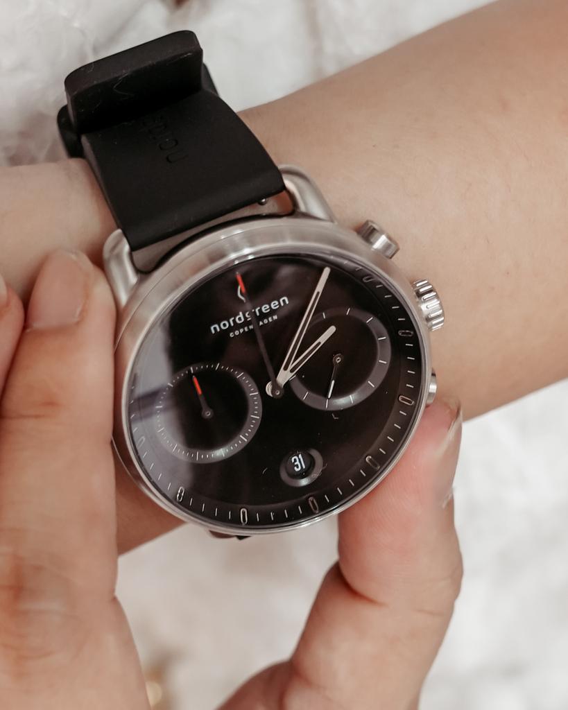 NORDGREEN 最愛夏日單品 Pioneer極夜黑錶盤極夜黑矽膠錶帶 內有85折扣碼12.jpg