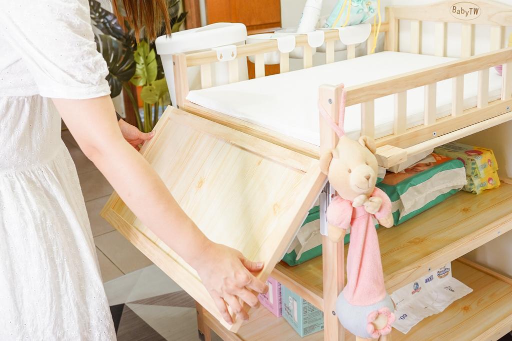 產前準備 Babytw尿布台實用嗎 尿布台上必備物品分享13A.jpg
