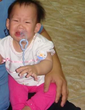 閔閔哭哭.JPG