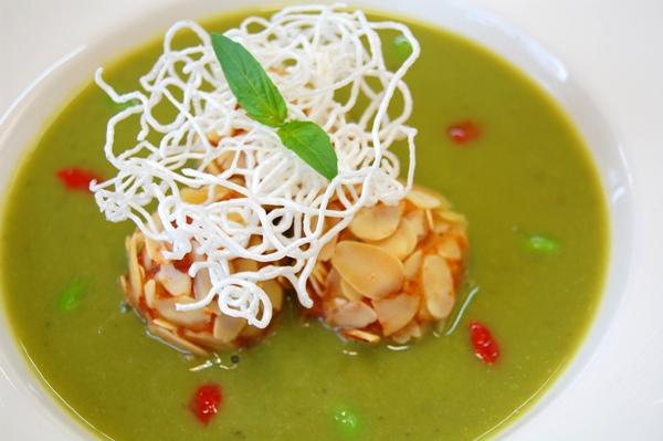 黃金堅果魚球燕麥鮮蔬湯