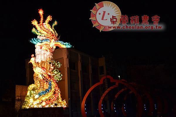 festive lantern-02.jpg