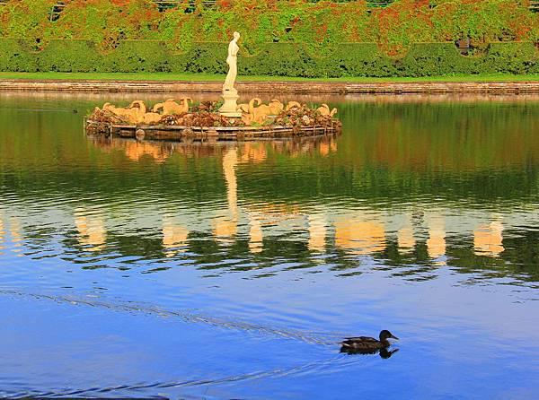 8.Peterhof  IMG_9941 edited.jpg