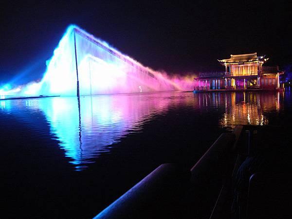 15印象西湖(張藝謀).jpg