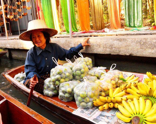 31. 水上市場 water market.jpg