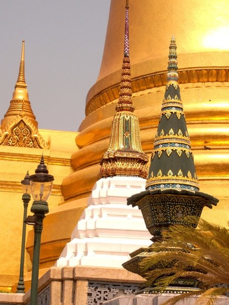 1.  pagoda.jpg