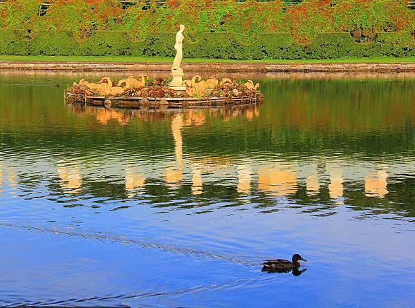 10.Peterhof  IMG_9941 edited.jpg