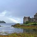 5. Eileen Donan Castle where the first James Bond film was shot.jpg