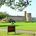 28. Alnwick Castle (Hogwarts).jpg