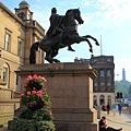 44.  Edinburgh- Duke Wellington & Beggar.jpg