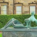 47. Edinburgh- Henry Moore's Natl Gallery of Modern Art .jpg