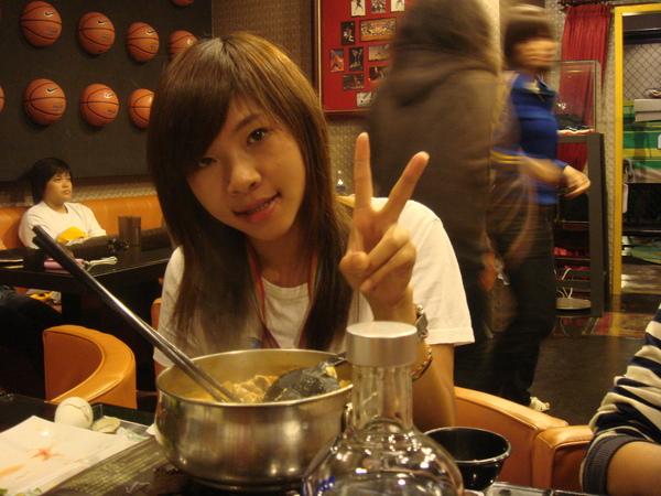 泡菜火鍋好吃!