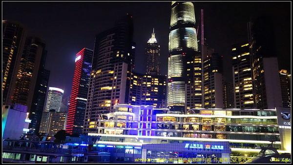 27上海外灘渡江夜景.JPG