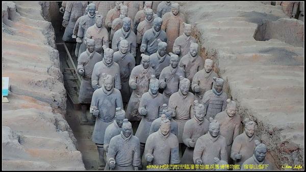 17 西安 兵馬俑.jpg