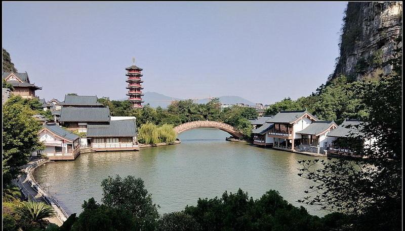 01廣西桂林 木龍湖.jpg
