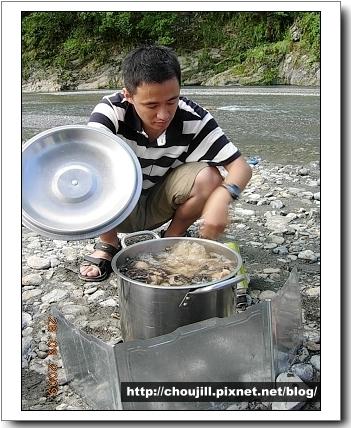 好巧去年十月來南澳南溪也是吃香菇雞麵