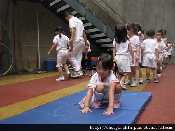 20110919體能課蹲跳B.jpg