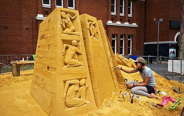 剛好外頭有Sand Art的藝術家