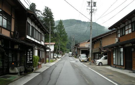 合掌村的街道