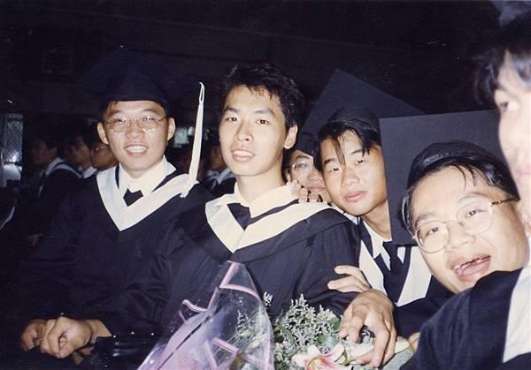 畢業前合照4.jpg
