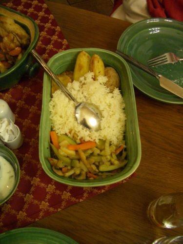 有飯+烤雞+肥豬肉