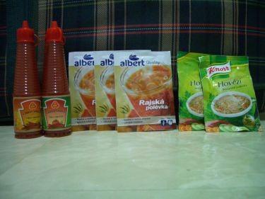 辣椒醬和杯湯