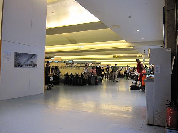 颱風天的桃園機場