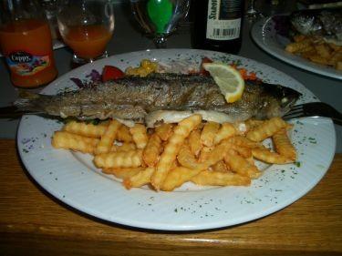 主餐--鱒魚